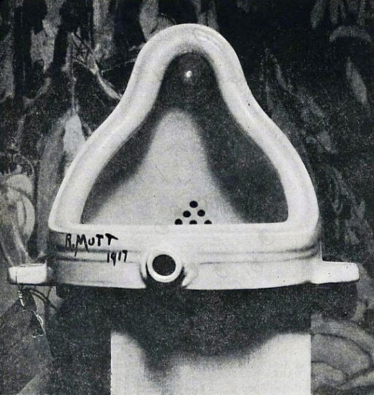 Marcel Duchamp, Fountain, 1917